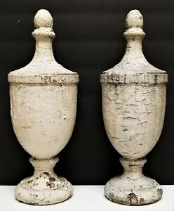 """Vintage Antique Pair of Architectural Salvage Shabby Painted Wood Finials 12"""""""