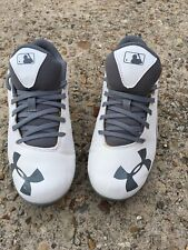 Under Armour Junior White Gray Cleats Shoes