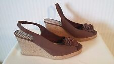 American Eagle 10M Women's Brown Canvas Peep Toe Platform Wedge Heels Shoes