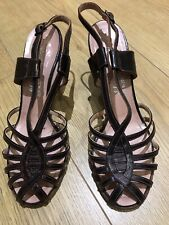 VINTAGE 1940's/1950's  Bronze Metallic Sandals - UK 4, All Leather, barely worn