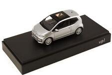 1:43 VW Up! 2-Türer 2-door reflex-silber silver - Volkswagen-Dealer-Edition OEM