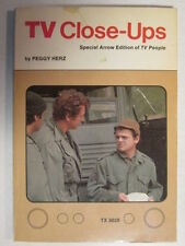 TV CLOSEUPS MASH COVER PEGGY HERZ 96 PAGE USED PAPERBACK BOOK 1ST PRINTING 1975
