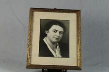 Goldfarb. Holzrahmen mit rauher Beschichtung + Frauen Porträt Foto um 1900 /S188