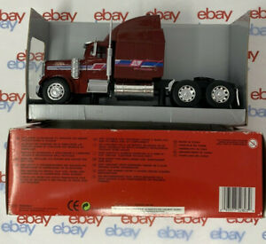 New Ray Long Hauler Collection Peterbilt Model 379 1:32 Scale