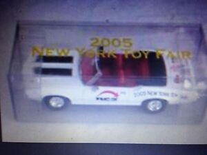 2005 New York Juguete Fair RC2 1970 Odlsmobile Espada 442 Cabrio Promo 1:43