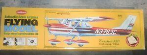 Guillow's Authentic Flying Balsa Model Kit. Cessna 150 Construction Kit.