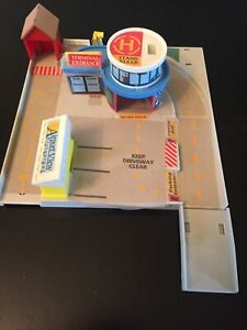 Micro Machines Highways Byways Airport Plaza Terminal Play Set 1991 Galoob Lot