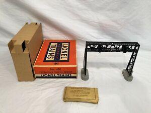 Lionel No. 450 Operating Signal Bridge  Boxed  OB  Postwar