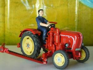 SIKU Tracteur PORCHE Super, avec faucheuse latérale ref 3468, échelle 1/32 + bte