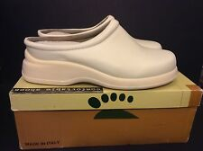 Spring Step Tara Style Women's White Leather Clogs Shoes Size 8.5