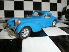 Véhicules miniatures bleus Solido pour Bugatti