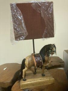 HORSE DESIGN TABLE LAMP