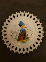 RARE! VINTAGE WESTMORELAND FOLK ART HAND PAINTED MILK GLASS PLATE EUC!