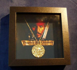 Pirates of The Caribbean Aztec Coin Medallion Skull Charms Necklace Pendant Gift