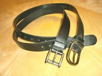 MADE IN USA~LOT OF 2~GUESS~BLACK~LOGO~LEATHER~METAL BUCKLE~SIZES M~SUPER NICE~
