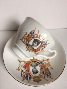 ELIZABETH II CORONATION 1953 CUP-SAUCER TEA SET,ROYAL COMMEMORATIVE ITEM