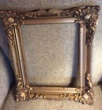 """ANTIQUE ORNATE GOLD WOOD VICTORIAN PICTURE FRAME 11 X 13 """""""