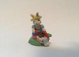 Picnic Lunch Mama Bunny Figurine - COTTONTAIL LANE VILLAGE~ HTF!