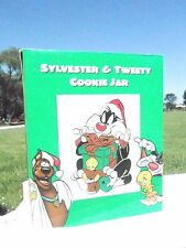 NRFB 1998 Warner Brother Christmas Santa Claus Sylvester & Tweety Cookie Jar (S9