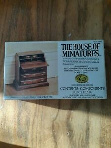 THE HOUSE OF MINIATURES  CHIPPENDALE SLANT FRONT DESK (NOS)