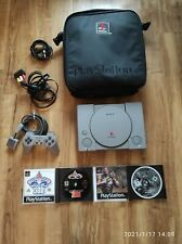 Sony Playstation (PS1)Konsole mit Tasche und mehr