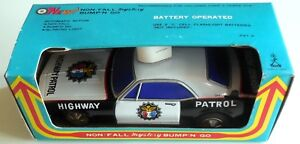 VINTAGE TIN TOY POLICE CAR HIGHWAY PATROL TAIYO JAPAN 1970s boxed