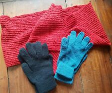 SET OF 3: WOMEN'S KNITTED SCARF AND 2 PAIRS  GLOVES,SMALL