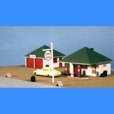 GAS STATION & REPAIR GARAGE   GREAT WEST MODELS, INC #110 HO SCALE