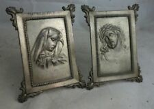 2 antike Metall Aufsteller Heiligenbilder Relief Jesus Christus Mater Dolorosa