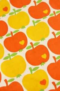 #6280 - 70er Jahre Stoff - Brigitte - Entwurf Graziela - Äpfel - Orange Gelb