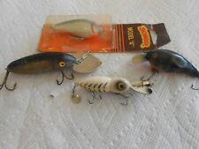 "Lot 4 Lures 1 Whopper Stopper 1 Bomber Model ""A"" 1 Cisco Kid Diver 1 unknown"