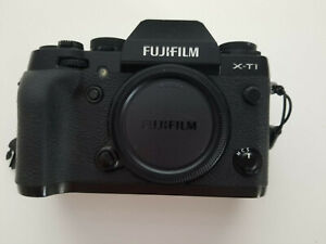 Fujifilm X-T1 body only - Fuji digital camera - low count + very good condition