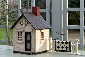 HAROLD TURPIN AMERICAN FOLK ART WILLOW TREE COTTAGE WITH QUILT FENCE