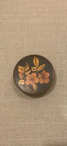 """Vintage Hand Painted Black Metal Toleware Flowers 2.5"""" Round Trinket Box w/Lid"""