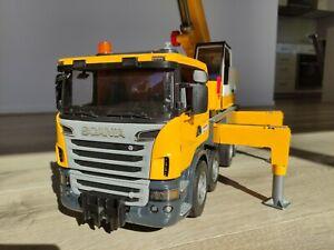 Bruder Scania R Series Liebherr Crane Truck toy. 03570 1:16 scale