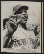 1973 Original Baseball Wire Photo - Willie (Mays) At The Series