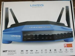 Linksys WRT1900AC 1300 Mbps 4 Port Dual-Band Wi-Fi Router