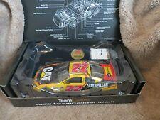 Scott Wimmer #22 Caterpillar 2004 Dodge NASCAR 1:24 diecast car