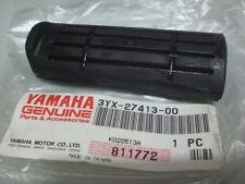 YAMAHA NOS FJR13 FZ600 GTS1000 YZF600  COVER, FOOTREST 3YX-27413-00-00  #28