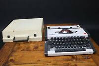 Olympia Traveller De-Luxe Portable Typewriter Case Works Spanish Keyboard Spain