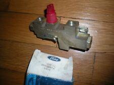 NOS 1985 - 1989 Lincoln Mark VII Brake Pressure Differential Valve E5LY-2B257-A