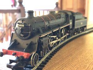 MAINLINE 37-052 OO Gauge Standard Class 4-6-0 Loco & Tender 75033 - EXCELLENT