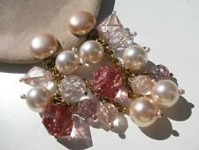 VTG. CHUNKY CRACKLE PINK CRANBERRY PEARL LUCITE BEADS DROP DANGLE CLIP EARRINGS