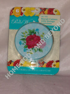THE PIONEER WOMAN Sweet Rose Biscuit Cookie Cutters With Storage Container