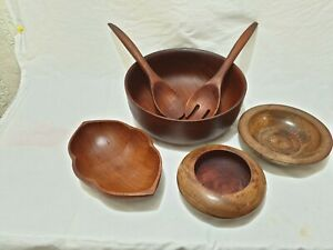 Set of 4 Wooden Bowl Hand Carved 1422 gram in weight + serving set