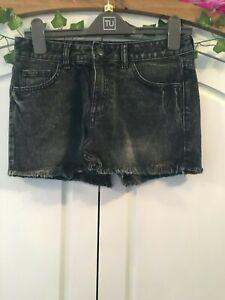 Size 10 Ladies Shorts