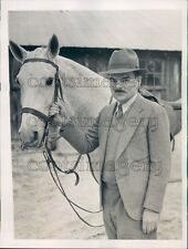 1939 Thomas Dewey of New York With His Horse in Augusta GA Press Photo