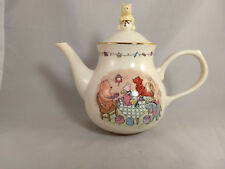 Lenox Disney Pooh's Party Teapot with Lid