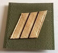 Galon militaire de poitrine grade MARECHAL DES LOGIS-CHEF, en bon état .