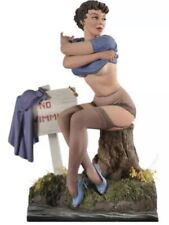 1/22 Scale Girl Swimmer Changing Unfinished, Unpainted (E)